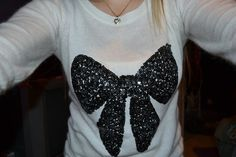 bow sweater. ♡