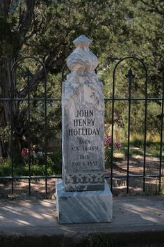 John Henry Holliday aka Doc Holliday friend of Wyatt Earp Headstone at Linwood Cemetery, though the exact spot of his plot remains unknown Cemetery Headstones, Cemetery Art, Old West Outlaws, Statues, Famous Tombstones, Old West Photos, Tombstone Arizona, Minions, Famous Graves