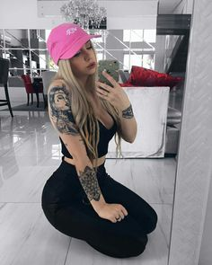 Our Website is the greatest collection of tattoos designs and artists. Find Inspirations for your next Sexy Tattoo. Search for more Tattoos. Hot Tattoo Girls, Tattoed Girls, Inked Girls, Sexy Tattoos, Girl Tattoos, Victoria Macan, Poses, Catrina Tattoo, Best Tattoos For Women