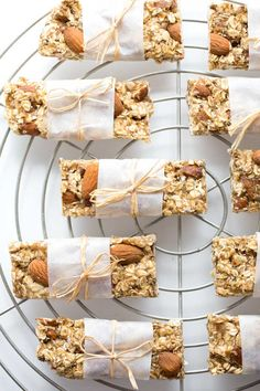 vanilla almond granola bars (vegan and refined sugar-free)