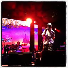Del doing his thing with Deltron 3030 in the pouring rain, June 11 -Tweeted by @eyelineimagery