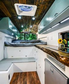 Beautiful #vanlife kitchen! Really makes me want to try out the campervan life. Seems like the best way to escape and travel in comfort!