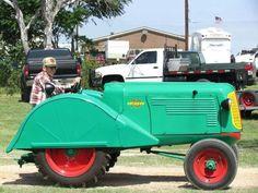 OLIVER 70 ORCHARD Antique Tractors, Vintage Tractors, Old Tractors, Antique Cars, Orchards, Rubber Tires, Old Trucks, Minneapolis, Wheels