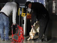 Menino de 8 anos está entre vítimas de bomba em Boston, diz imprensa | FBI investiga explosões que mataram 3 e feriram dezenas em maratona. Governo afirma que investigação é criminal, mas tem 'potencial' de terror. http://mmanchete.blogspot.com.br/2013/04/menino-de-8-anos-esta-entre-vitimas-de.html#.UW1kg7U3uHg