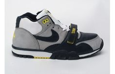 finest selection 6f8bf 50430 2000 Nike Air Trainer 1