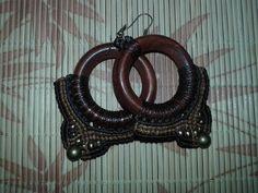 Oi td em? to querendo divulgar minha lojinha de bijuterias artesanais q eu mesma faço em Macramé, dá uma olhada Artes Da Rafa http://www.elo7.com.br/319266 Obrigada! ;)