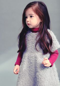"Lauren Lunde from ""MBLAQ's Hello Baby"". Gorgeous little girl Cute Asian Babies, Korean Babies, Asian Kids, Cute Babies, Beautiful Children, Beautiful Babies, Ulzzang Kids, Cute Korean, Stylish Kids"