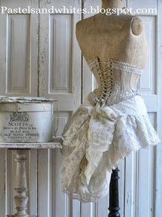 Shabby Chic Homes Archives - Home Style Corner Vintage Mannequin, Dress Form Mannequin, Vintage Corset, Shabby Vintage, Vintage Lingerie, Vintage Dresses, Vintage Outfits, Vintage Fashion, Manequin