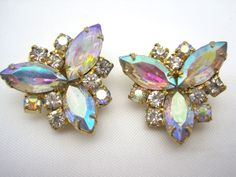 The Northern Lights of Gorgeous Vintage Jewelry by Lin Anderson on Etsy
