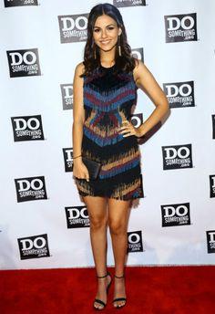 6/11 #ヴィクトリア・ジャスティス #プリントTシャツ #デニムスカート #outfit |海外セレブ最新画像・私服ファッション・着用ブランドまとめてチェック DailyCelebrityDiary*