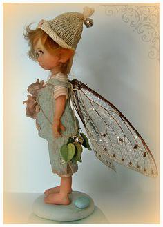 """Maker: """"In deze galerij stel ik mijn fairy kinderen voor, ik noem ze ook """"dotjes"""". Ze zijn gemaakt uit prosculpt."""
