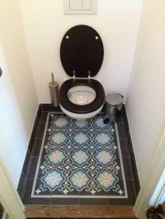 Mooie portugese tegelvloer voor in toilet