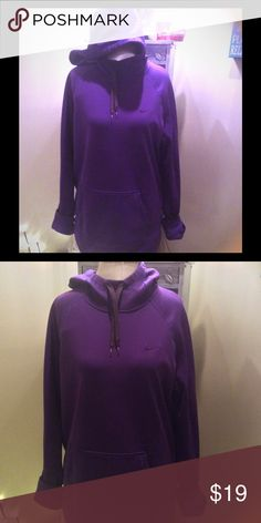 Nike therma fit sweatshirt size large Gently used condition with tons of wear left in it. Nike Tops Sweatshirts & Hoodies