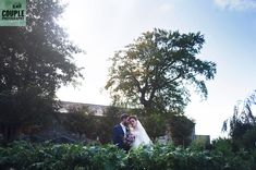 The newlyweds in the vegetable garden at Cliff at Lyons. A real wedding by Couple Photography. Black Belt, Cliff, Newlyweds, Couple Photography, Vegetable Garden, Real Weddings, Couples, Just Married, Vegetables Garden