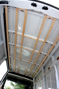 Amazing! Story of boarding out a van and doing it all from scratch! Ceiling struts!