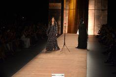 Falabella contó con la miss mundo como modelo de cabecera de su presentación en Colombiamoda2015 http://bit.ly/1fFxi3h