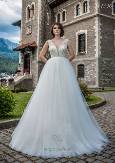 Model M13.16 Romanian Wedding, Maya Fashion, Designer Wedding Dresses, Bride, Model, Collection, Wedding Bride, Bridal