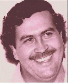 (*) Popeye - Búsqueda de Twitter Pablo Emilio Escobar, Don Pablo Escobar, Military Insignia, Mafia, Style Icons, Weed, Hip Hop, Father, Portraits