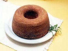 Receita de Bolo de Laranja de Microondas - bolo lindo e delicioso, só que fiz no forno comum e acrescentei uma cobertura para bolos de festa tipo marshmallow...