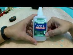 DICA PARA CONSERVAR COLA INSTANTANEA - YouTube Youtube, Make It Yourself, Craft Videos, Helpful Hints, Diy Creative Ideas, Necklaces, Handmade Crafts, Vases, Resin