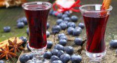 Απόλαυση στο ποτήρι - Συνταγή για σπιτικό χυμό από βατόμουρα   Reader.gr Hurricane Glass, Vodka, Shot Glass, Beer, Fruit, Tableware, Health, Syrup, Root Beer