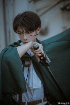 Coser : Edit : Photo : Character : Levi Ackerman Title : Attack on Titan Levi Cosplay, Avatar Cosplay, Cosplay Boy, Cosplay Anime, Cosplay Outfits, Tokyo Ghoul Manga, Anime W, Disney Princess Pictures, Cosplay Characters