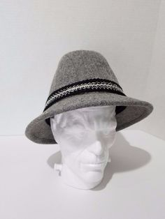 213cabe71a3b1 Vintage Resistol Hat Gray Braided Band Wool Self Conforming Men s Size 7 1 4