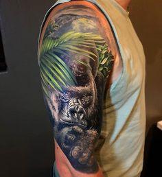 Tattoo by for more amazing tattoo New Tattoos, I Tattoo, Cool Tattoos, Tattoo Gorilla, Silverback Gorilla, Tribal Sleeve Tattoos, Black Bat, Amazing Tattoos, Watercolor Tattoos