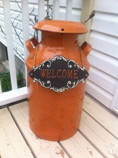 Old milk can transformed for side entrance by nikki Antique Milk Can, Vintage Milk Can, Country Decor, Farmhouse Decor, Painted Milk Cans, Milk Can Decor, Outdoor Projects, Outdoor Decor, Diy Projects