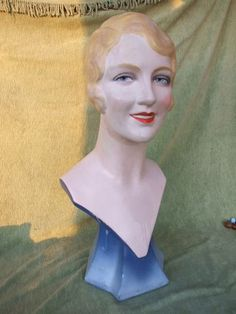 1930s mannequin bust - perfect for showing jewelry and/or hats