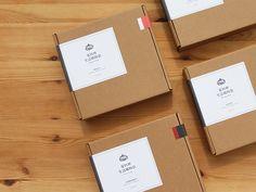 iCook Bag Packaging by Jia Jhen Lee Kraft Box Packaging, Packaging Stickers, Food Packaging Design, Packaging Design Inspiration, Branding Design, Mailer Design, Box Design, Scarf Packaging, Kraft Boxes