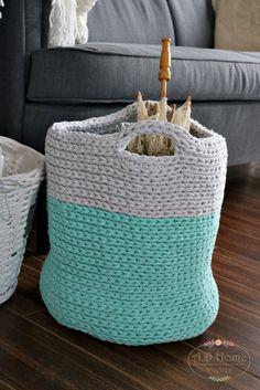 kosz duży na szydełku, ze sznurka bawełnianego, na zabawki, na gazety, dekoracja, crochet, hand made by Pracownia A.D.Home