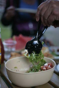 Juhlat arjen keskelle #uusisiwa #juhlat #ruoka #food #siwa #lähikauppa #asuntovaunu #grilli #kesä #kesäkauppapäivä #diagnoosisisustusmania