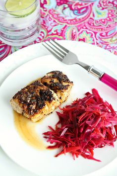 Jamaican blackened fish with a quick and easy spiced pickled cabbage slaw. Pickled Cabbage, Cabbage Slaw, Blacken Fish, Salmon Tacos, Blackened Salmon, Specialty Foods, Caribbean Recipes, How To Eat Paleo, Fish And Seafood