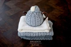 wool, grey, hand made, pompon, knitted