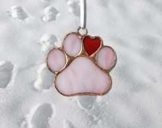 Stained Glass, Dog Lover, Pet Lover, Paw by Tiffany This on Zibbet Stained Glass Ornaments, Stained Glass Christmas, Stained Glass Suncatchers, Stained Glass Lamps, Stained Glass Designs, Stained Glass Projects, Stained Glass Patterns, Stained Glass Windows, Mosaic Glass