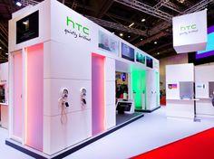 #HTC Stand @ The #GadgetShow. December, 2012. Exhibition Ideas, Exhibition Booth Design, Exhibition Stands, Exhibit Design, City Branding, Kiosk Design, Wall Of Fame, Environmental Design, Trade Show