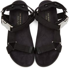 d2d31b20ab4e Burberry - Black Ardall Sandals Burberry Outfit