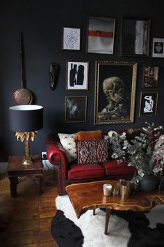 Dark Living Rooms, Home And Living, Living Room Decor, Dark Rooms, Dark Home Decor, Dark Interiors, Dream Home Design, My New Room, Decoration
