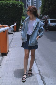 Street style   More outfits like this on the Stylekick app! Download at http://app.stylekick.com