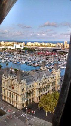 Maremagnum y Barceloneta vistos desde el mirador de Colón, Barcelona