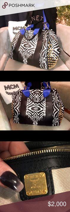 Teal handbag, mint sweater, brown..: лучшие изображения (12