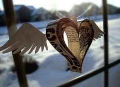 paper Heart with wings  *******************************************  (repin) #paper #heart #winged #wings #crafts - ≈√