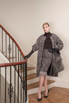 See the complete Barbara Tfank Fall 2017 Ready-to-Wear collection.