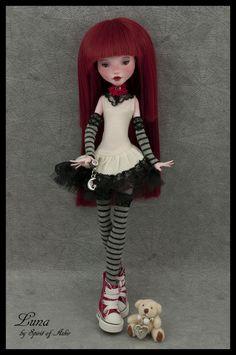 Luna OOAK Monster High Custom Draculaura Repaint Outfit by `Spirit of Askir´   eBay