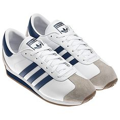 ADIDAS - COUNTRY 2.0 SHOES