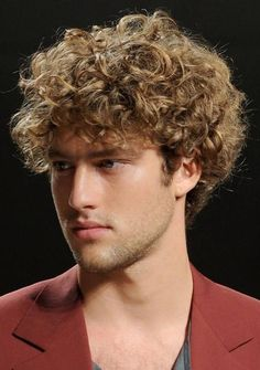 Short Curly Hairstyles for Men 2015 Hair Look http://www.gbtyl.com/short-curly-hairstyles-for-men.html #ShortCurly #Hairstyles #Men2015HairLook