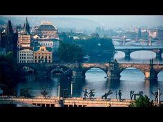 Madrileños por el mundo: Praga, la ciudad dorada - YouTube