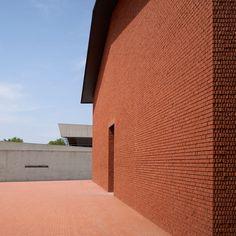 Herzog & de Meuron reveals more photos of new Vitra Design Museum gallery