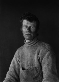 Herbert George Ponting - Dimitri Geroff on Return From the Barrier, 29 January 1912 Great Photos, Old Photos, Vintage Photos, Slim Aarons, Yin Yang, Captain Scott, Heroic Age, Arctic Explorers, Pop Up